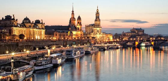 Dresden Riverfront © Anja Uppermeier