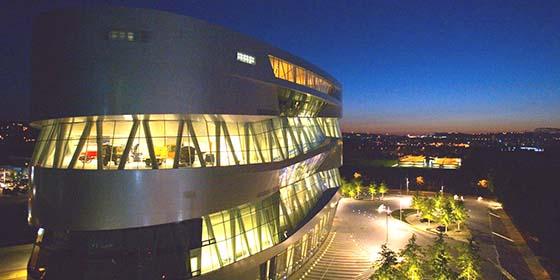 Stuttgart: Mercedes-Benz Museum