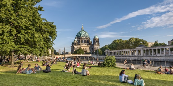 Berlin Blick vpn James-Simon-Park Richtung Berliner Dom, Muesumsinsel, Mitte, Berlin, Deutschland, ID: 20408