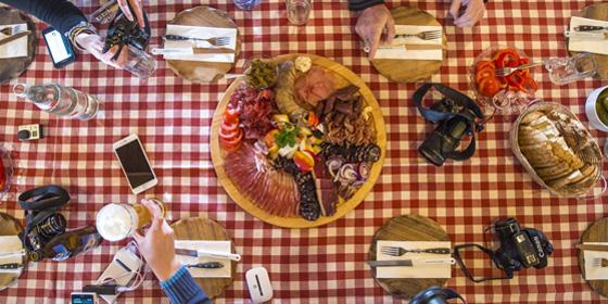 Schonach (Black Forest): afternoon snack with sausage
