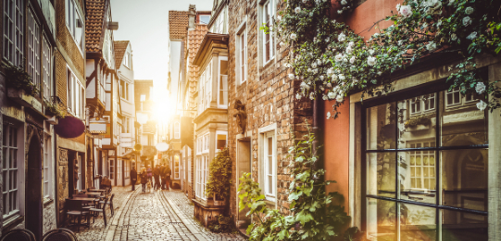 Bremen: Street in the old town during sunset