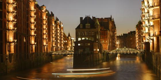 Hamburg: evening shot of Speicherstadt district in the harbour area