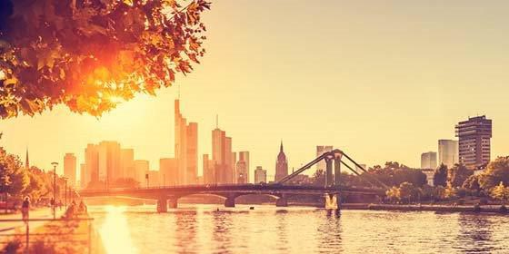 Frankfurt am Main: Hot Summer Day