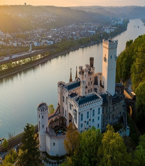 Koblenz: Aerial view of Stolzenfels Castle with a view of the Rhine @ Mahlow Media, Winningen