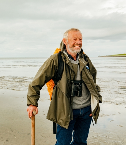 Dagebuell: mudflat guide Dr. Walther Petersen-Andresen in the Wadden Sea